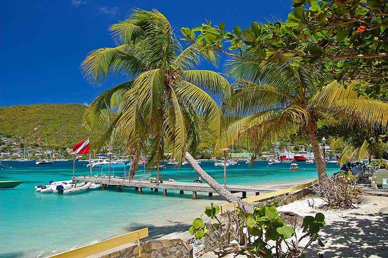 Rent a boat in St Vincent and the Grenadines - Boatjump