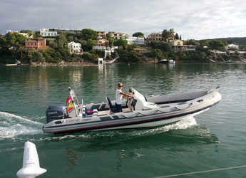 Rent a dinghy in Port Mahon - Ribeye 6.5m