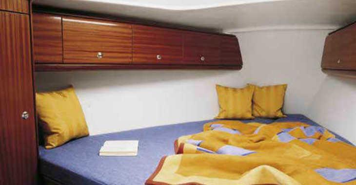Rent a sailboat Bavaria 32 in Marina Kornati, Kornati-Biograd