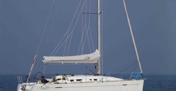 Alquilar velero First 35 en ACI Jezera, Jezera