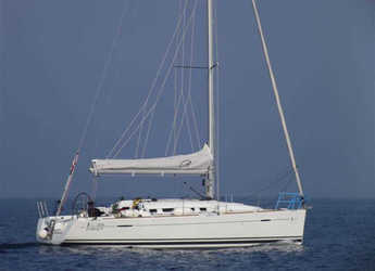 Rent a sailboat in ACI Jezera - First 35
