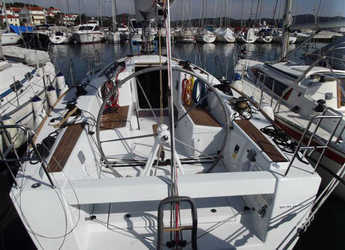 Rent a sailboat First 35 in ACI Jezera, Jezera