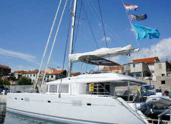 Rent a catamaran in Marina Mandalina - Lagoon 560