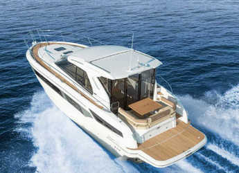 Rent a motorboat in Marina Mandalina - Bavaria 400 Coupe