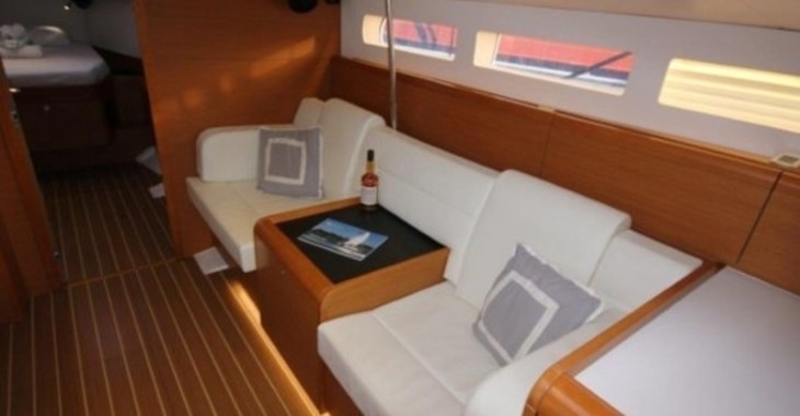 Rent a sailboat Jeanneau 509 in Nanny Cay, Tortola
