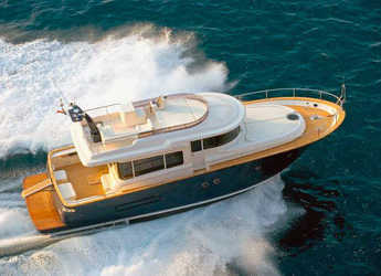 Rent a yacht in Port d'Aiguadolç - Apreamare Maestro 51