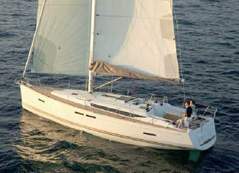 Rent a sailboat in Marina Kremik - Sun Odyssey 439