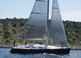Rent a sailboat in Marina Kremik - Salona 37