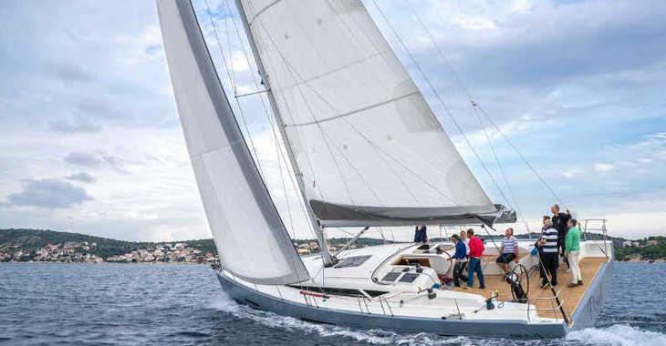Alquilar velero More 55 en Marina Kremik, Primosten