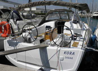 Chartern Sie segelboot in Marina Sukosan (D-Marin Dalmacija) - Sun Odyssey 349