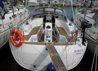 Rent a sailboat in Marina Sukosan (D-Marin Dalmacija) - Bavaria Cruiser 33