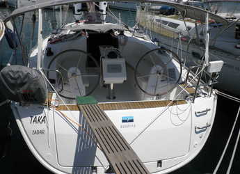 Alquilar velero en Marina Sukosan (D-Marin Dalmacija) - Bavaria Cruiser 34