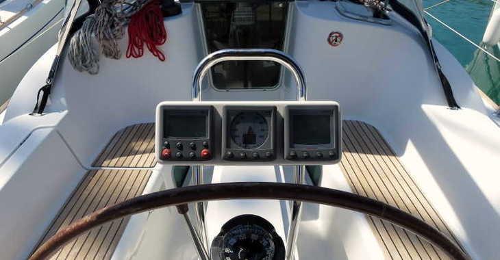 Rent a sailboat in Marina Frapa - Sun Odyssey 36i