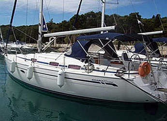 Rent a sailboat in Marina Frapa - Bavaria 37 C