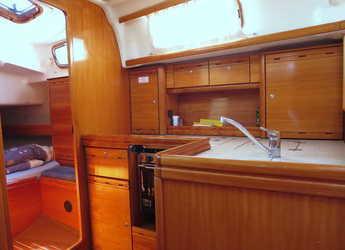 Alquilar velero Bavaria 37 C en Marina Frapa, Rogoznica