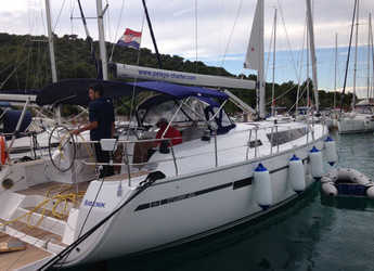 Rent a sailboat in Marina Frapa - Bavaria Cruiser 46
