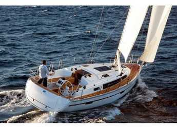 Rent a sailboat in Marina Frapa - Bavaria Cruiser 37