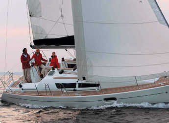 Rent a sailboat in Lefkas Nidri - Sun Odyssey 36i