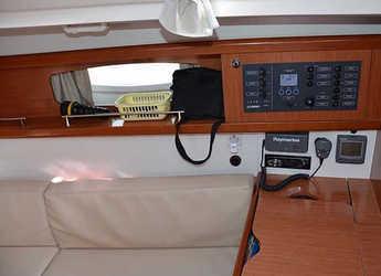 Rent a sailboat Oceanis 34 in Marina Sukosan (D-Marin Dalmacija), Sukosan