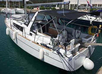 Rent a sailboat in Marina Sukosan (D-Marin Dalmacija) - Oceanis 35