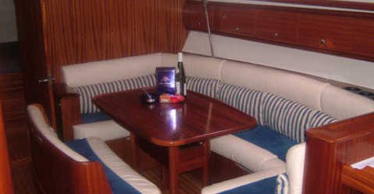 Alquilar velero Bavaria 38 Cruiser en Marina Lošinj, Lošinj