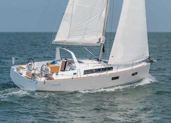 Rent a sailboat in Marina Mandalina - Oceanis 38
