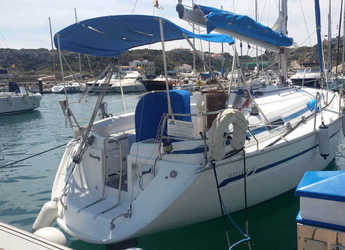Rent a sailboat in Port Mahon - Bavaria 34