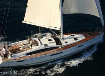Rent a sailboat in Marina Kremik - Jeanneau 53 4 Kabinen