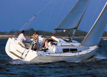 Rent a sailboat in Marina Kremik - Sun Odyssey 33i