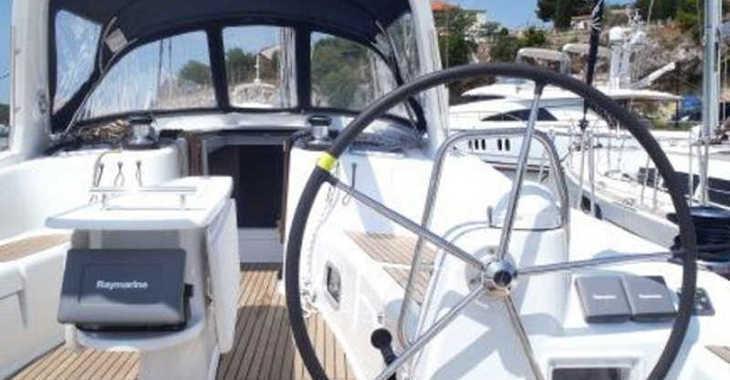Rent a sailboat in Marina Baotić - Oceanis 50