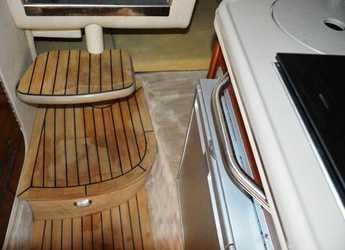 Alquilar lancha Sea Ray 240 Sundancer en Yacht kikötő - Tribunj, Tribunj