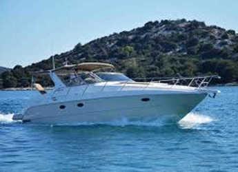 Rent a motorboat Cranchi Smeraldo 37 in Yacht kikötő - Tribunj, Tribunj