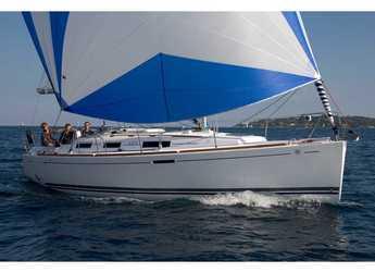 Rent a sailboat in Veruda - Dufour 325