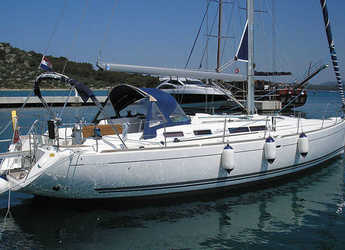 Rent a sailboat in Veruda - Dufour 455/3cab./RM
