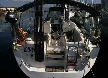 Rent a sailboat in Krvavica - Elan 333