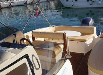 Alquilar lancha Eolo 650 en SCT Marina Trogir, Trogir