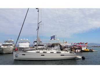 Rent a sailboat in El Arenal - Bavaria Cruiser 40