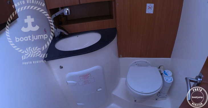 Rent a sailboat in Ibiza Magna - Bavaria 51
