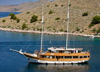 Rent a schooner in Marina Zadar - Gulet