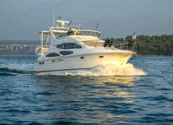 Rent a yacht in ACI Marina Skradin  - Cruiser 395