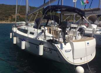 Rent a sailboat in Cala dei Sardi - Bavaria Cr 37