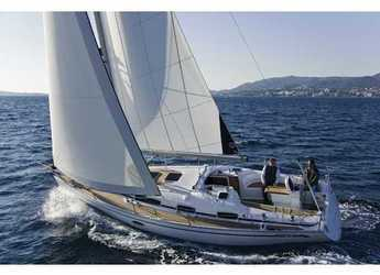 Rent a sailboat in Cala dei Sardi - Bavaria Cr 34