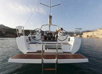 Rent a sailboat in Marina Cala di Medici - Oceanis 41