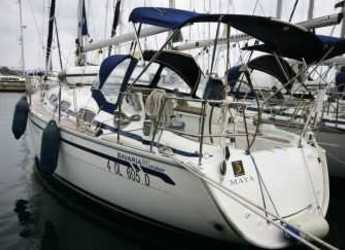 Rent a sailboat in Cala dei Sardi - Bavaria 31 Cruiser