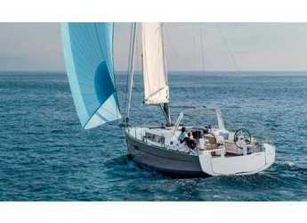 Rent a sailboat in Cala dei Sardi - Oceanis 38