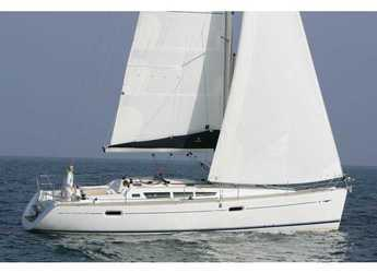 Rent a sailboat in Cala dei Sardi - Sun Odyssey 42i