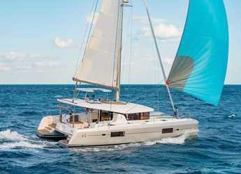Alquilar catamarán en Cala dei Sardi - Lagoon 42