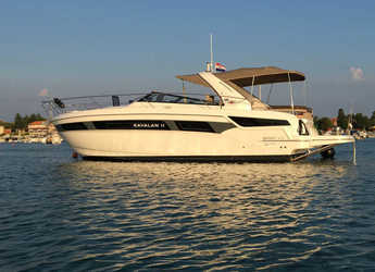 Rent a yacht in Veruda - Bavaria S40 OPEN