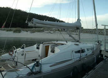 Rent a sailboat in Vigo  - Elan 344 Impression