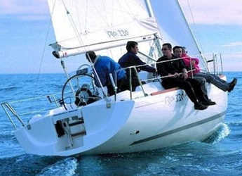Rent a sailboat in Vigo  - RO 330